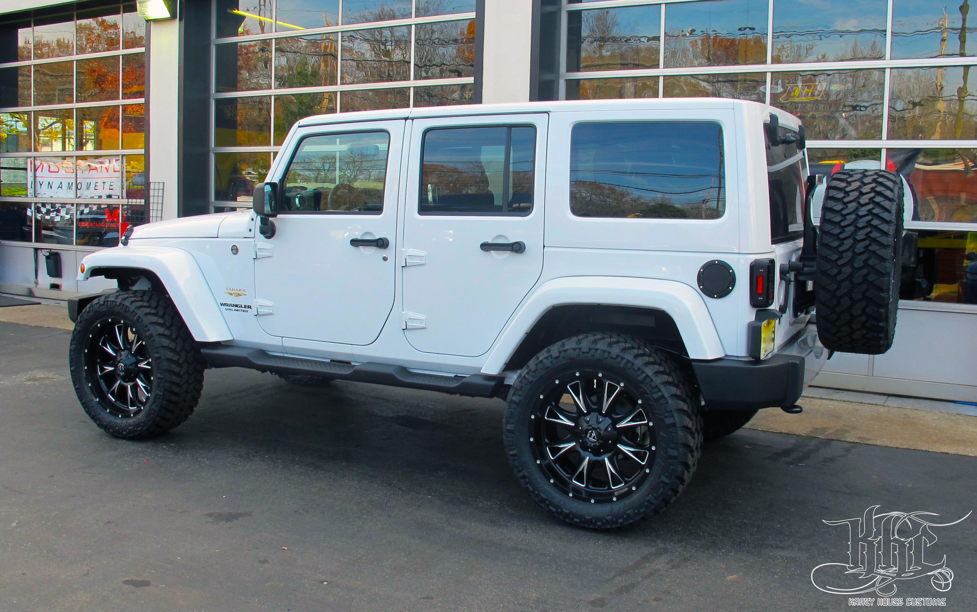 whitejeep2